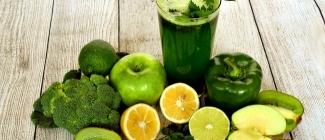 Poznaj najważniejsze zalety stosowania wyciskarki do owoców