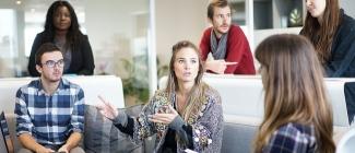 Dlaczego warto zbierać doświadczenia zawodowe już podczas studiów?