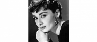 """""""Piękno kobiety musi być widoczne w oczach (…)"""" – Audrey Hepburn"""