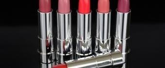 Jak dobrać idealny odcień czerwonej pomadki?