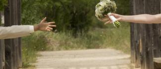 Sale weselne urządzone w stylu rustykalnym - jak tego dokonać?