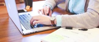 Czy łatwo pogodzić studia i pracę?