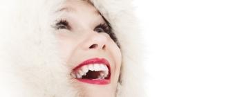 Oil pulling - naturalna metoda wybielania zębów (i nie tylko)